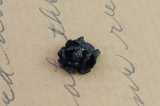 Vintage Flat-Backed Plastic or Celluloid BLACK ROSE Cabochon