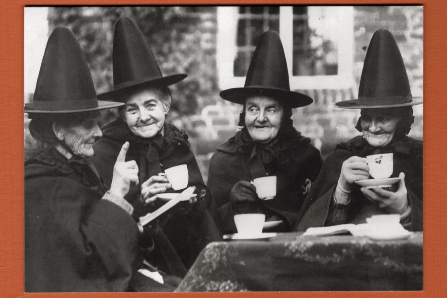 Tea (4 Lovely Witches) Greeting Card