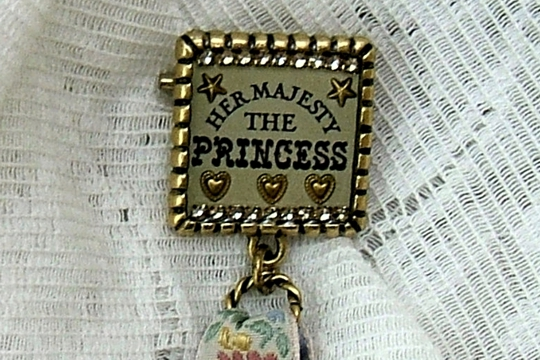 Limited Edition Her Majesty the Princess Award Brooch from Maximal Art