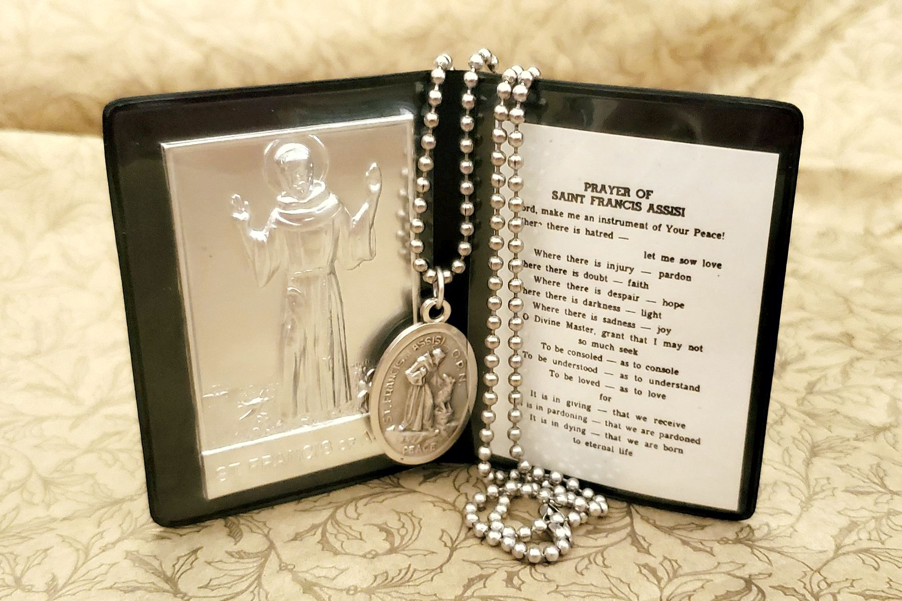 Saint Francis of Assisi Aluminum Ex Voto Wallet with Prayer & Medal - Add a Necklace, Too!