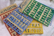 Vintage Alphabetos Plastic Charms