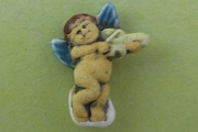 Cherub Playing the Violin Bead