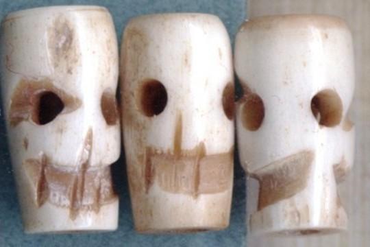 Set Of 3 Smoked Bone Skull Beads Beadskullbone3