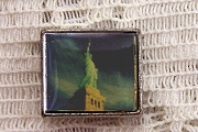 Bead Featuring the Statue of Liberty at Dusk