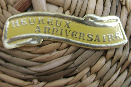 Heureux Anniversaire - French Birthday - Vintage Golden Rimmed Gummed Seal