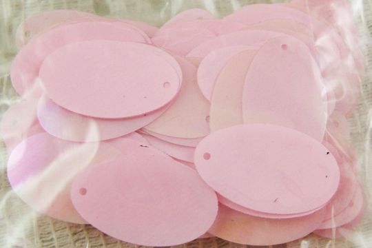 Vintage Pink Oval Sequin Spangles - 5 Gram Package
