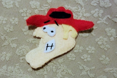 Goofy Canadian Mountie Face Applique