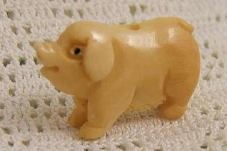 Small Carved Bone Mama Pig Bead