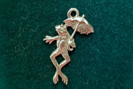Antiqued Silvery Frog with Umbrella Charm