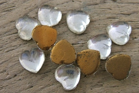 Vintage 7mm Clear Flat Backed Glass Heart Cabochon