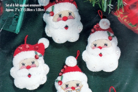Vintage Santa Face Felt Appliqué Ornament Kit - Gallery of Stitches by Bucilla (#33608)