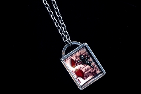 Clever Musical Cupid Story Box Necklace