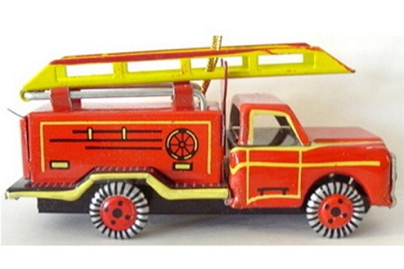 Vintage Old-Fashioned Metal Fire Truck Ornament