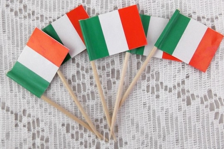 Package of 5 Vintage Italian Flag Picks