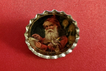 Old-Fashioned Santa Claus with Clown Doll Bottle Cap Pin