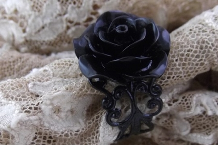 Sophisticated Adjustable Black Rose Filigree Ring