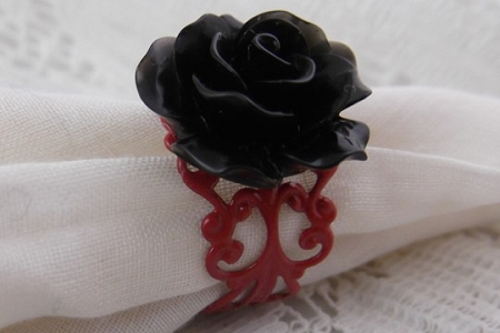 Adjustable Black Rose Red Filigree Ring