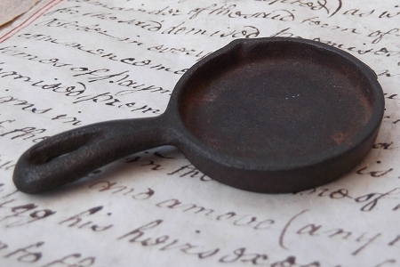 Vintage Doll House Cast Iron Skillet