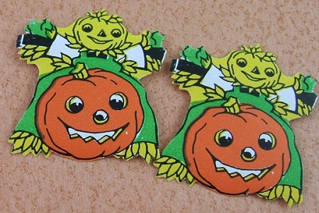 Vintage Pumpkin & Scarecrow Hallowe'en Gummed Seals - Package of 3