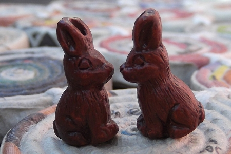 Tiny Chocolate Bunny Bead