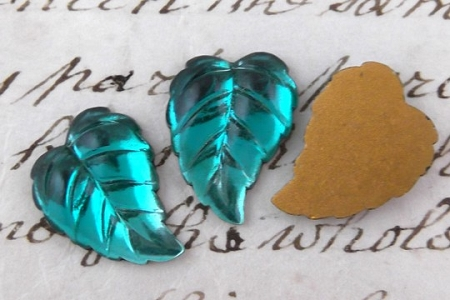 Vintage Emerald Green Glass Leaf Component