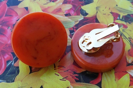 Vintage Set of Bakelite Button Clip-On Earrings on Original Card