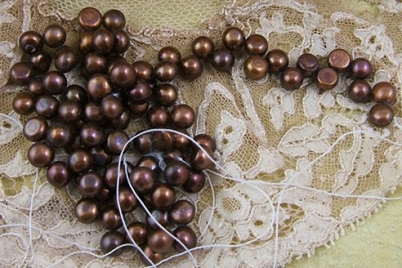 16-Inch Temporarily Strung Coffee Bronze Colored Pearls with Top Side Drilling