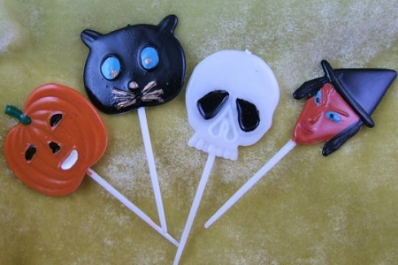 Set of 4 FLAT Hallowe'en Picks: Pumpkin, Cat, Skull & Witch