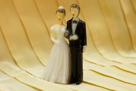 New Style Miniature Plastic Wedding Couple