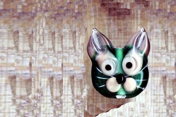 SMALL Lampwork Cat Bead -  approximately 3/4 inch