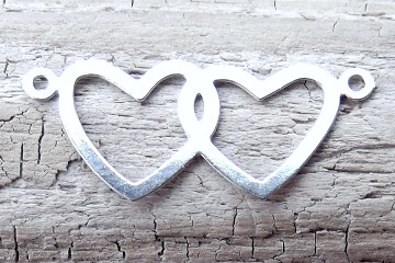 Silvery Vintage Intertwined Hearts Connector Charm