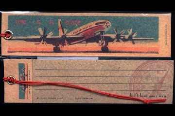 Vintage-Style Gift Tags: Airplane