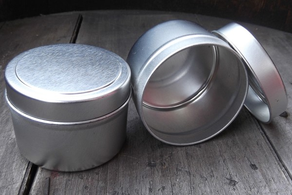 Large Round Cylindrical Tin