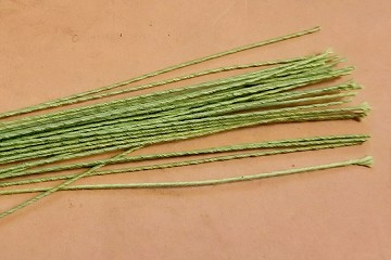 Sturdy Paper Green Cloth Covered 32 guage Stem Wire for Florals or Crafts