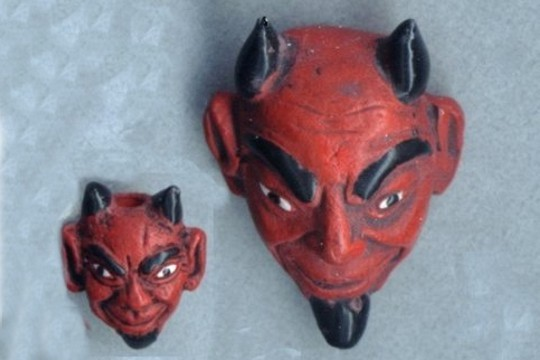 Hand Painted El Diablo Ceramic Bead