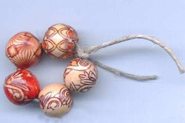 Circle of 5 Wooden Red and Tan Beads