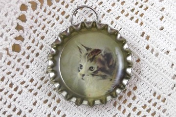 Darling Kitty Cat Profile Charm Made from a Bottle Cap