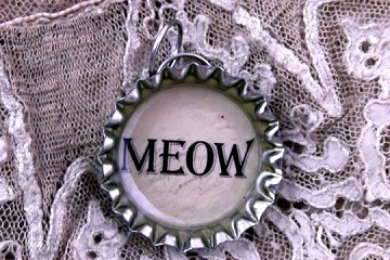 Funny Meow Charm Made from a Bottle Cap
