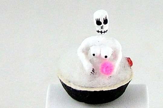Miniature Day of the Dead Bathing Figurine