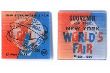 Vintage Vari-Vue Lenticular: 1964-5 New York World's Fair Square with Dates and Worlds Fair