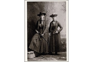 Art Postcard - Women with Guns, 1885