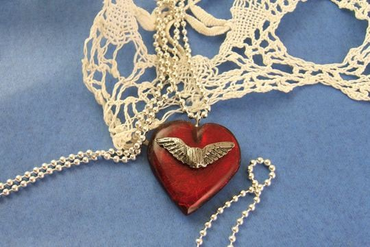 Tanner's Glass Heart Necklace with Silvery Wings with 20-inch Sterling Silver Ball Chain in Anti-Tarnish Pouch