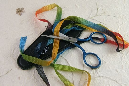 Micro Serrated Scissors for Ribbon