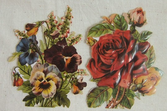 Package of 2 Old-Fashioned Die Cut Ornaments or Tags - Pansies & Roses