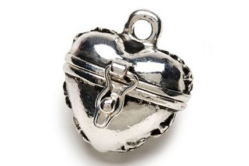 Charming Antiqued Silver Heart Secret Keeper Locket